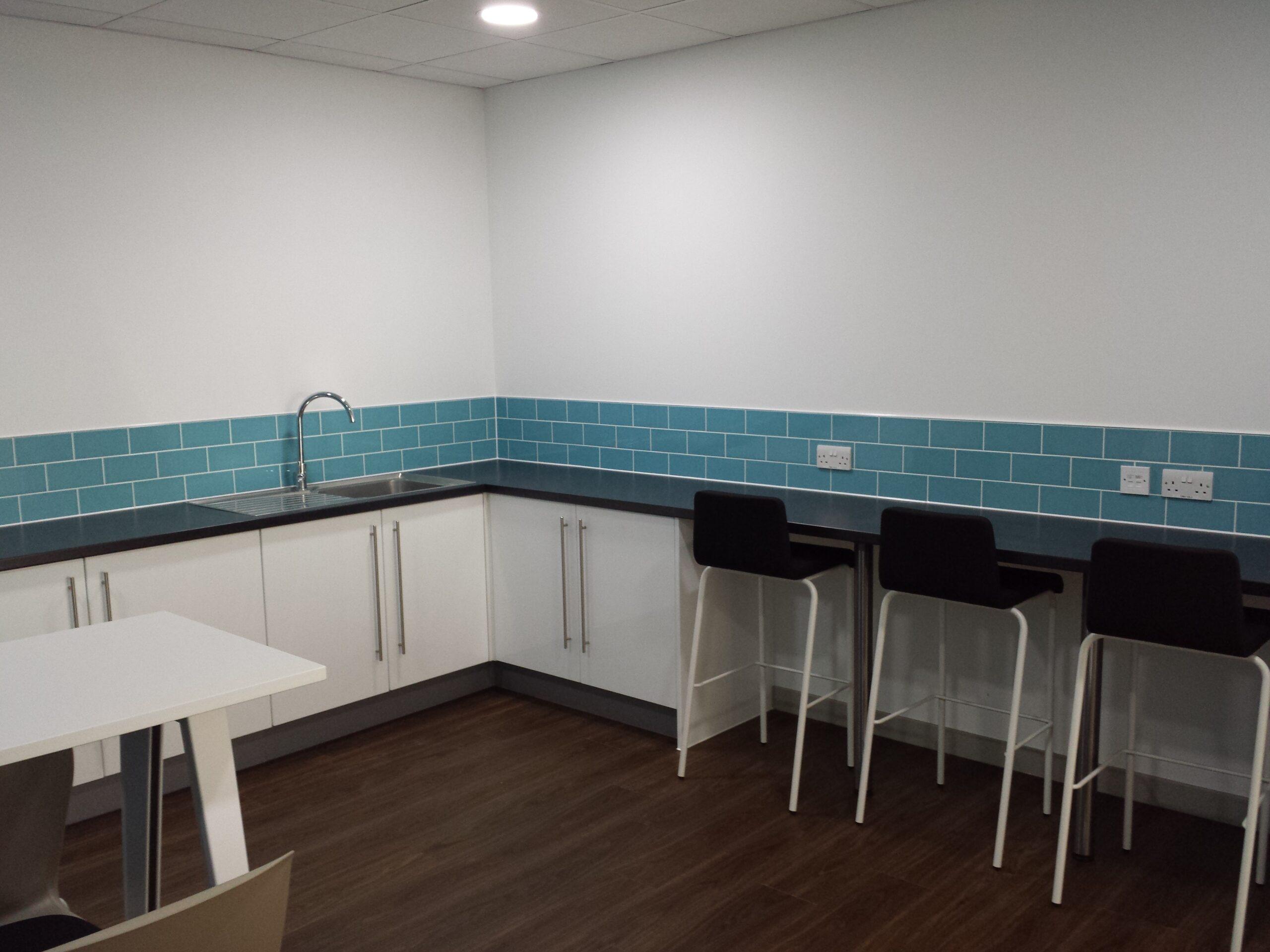 kitchen fitting in birmingham 6